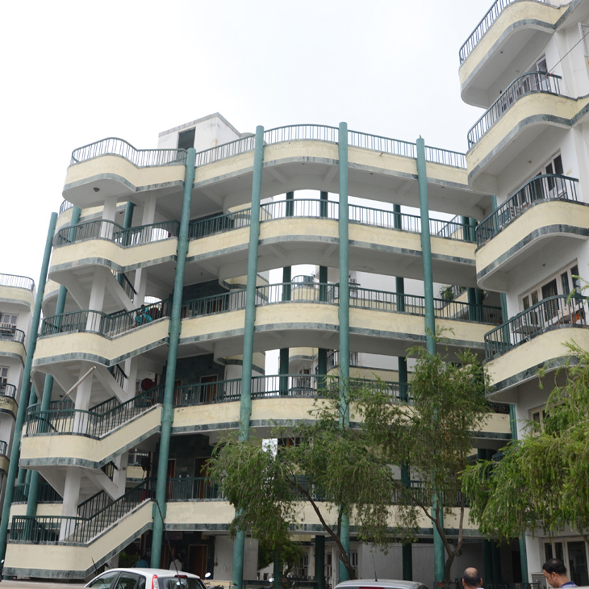Apartments By Location: Friends Apartments In Civil Lines, Agra