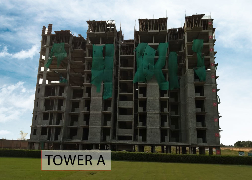 1040 Sq Ft 3 BHK 2T Apartment For Sale In Land Craft