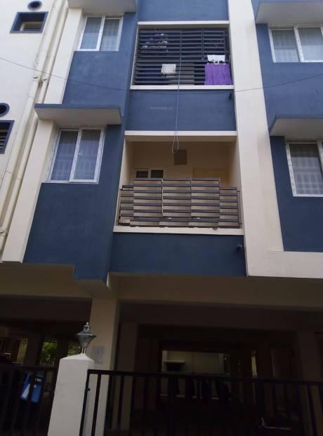 cube-apartment Elevation