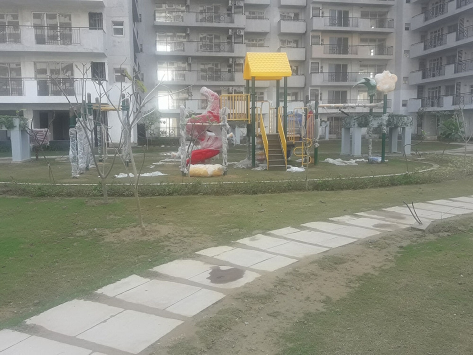 6960 sq ft 4 bhk 6t apartment for sale in bestech park for Spa construction