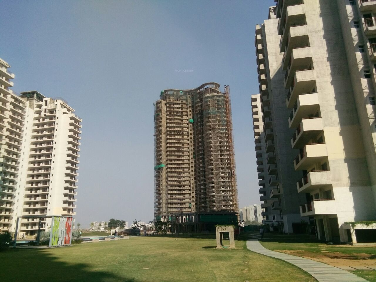 2660 sq ft 3 bhk 4t apartment for sale in bestech park for Spa construction