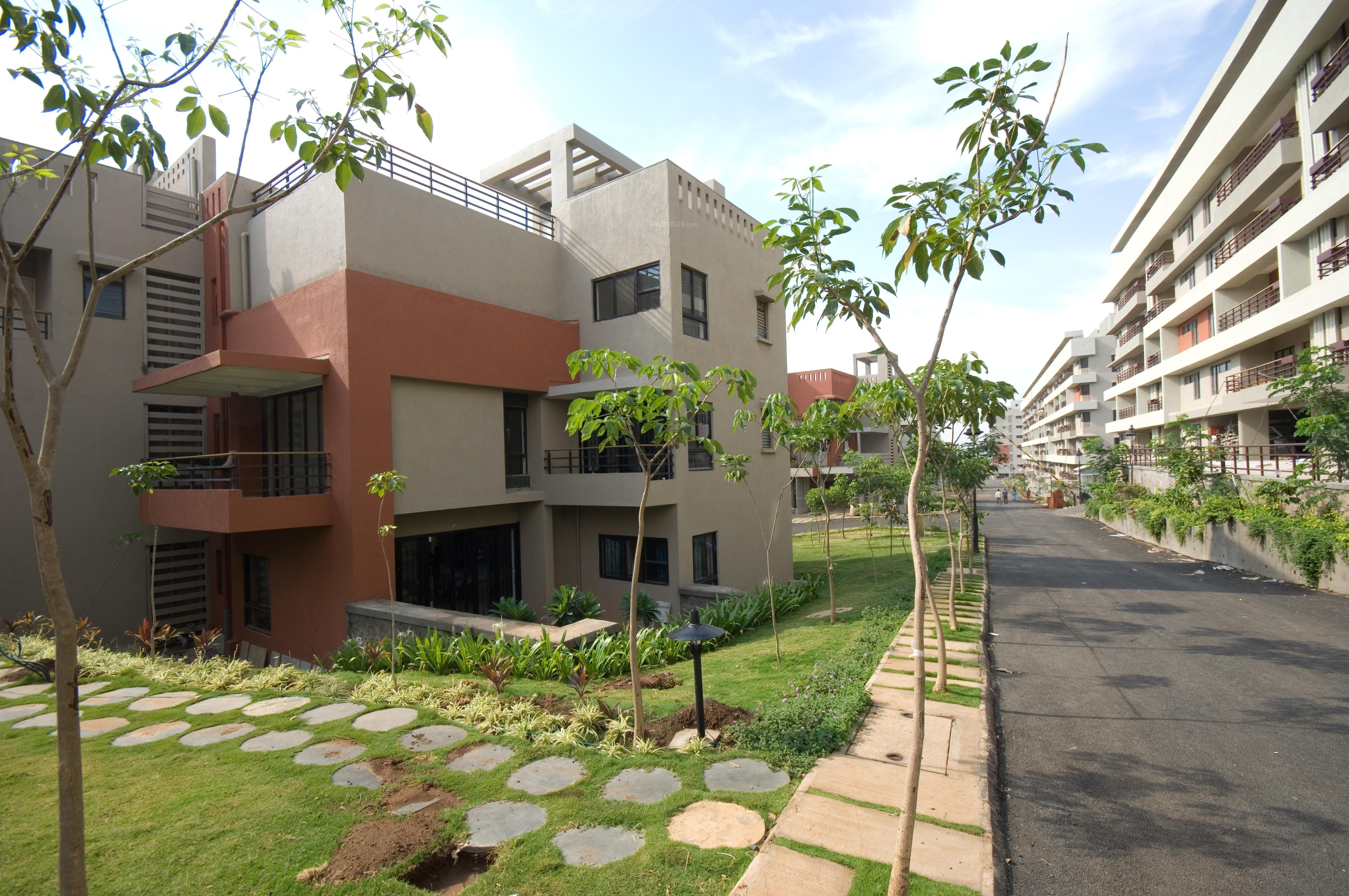 2600 Sq Ft 3 Bhk 3t Apartment For Sale In Mahindra