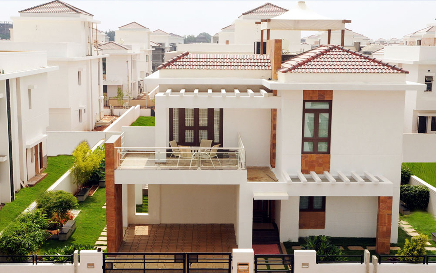 Splendid Palm Meadows In Kompally Hyderabad Price