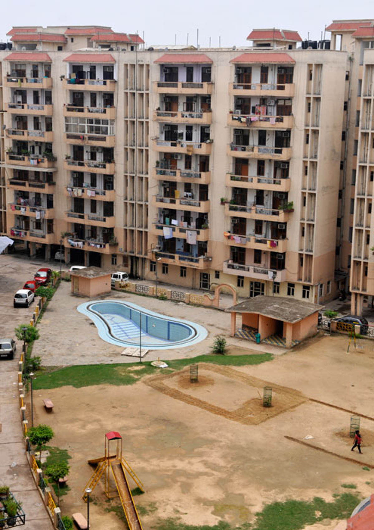 Svp gulmohur enclave in nehru nagar 3 ghaziabad price - Swimming pool in vaishali ghaziabad ...