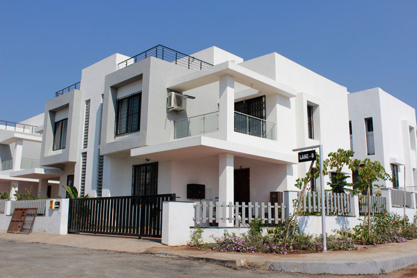 3200 sq ft 4 bhk 4t villa for sale in kolte patil for Four bhk bungalow plan