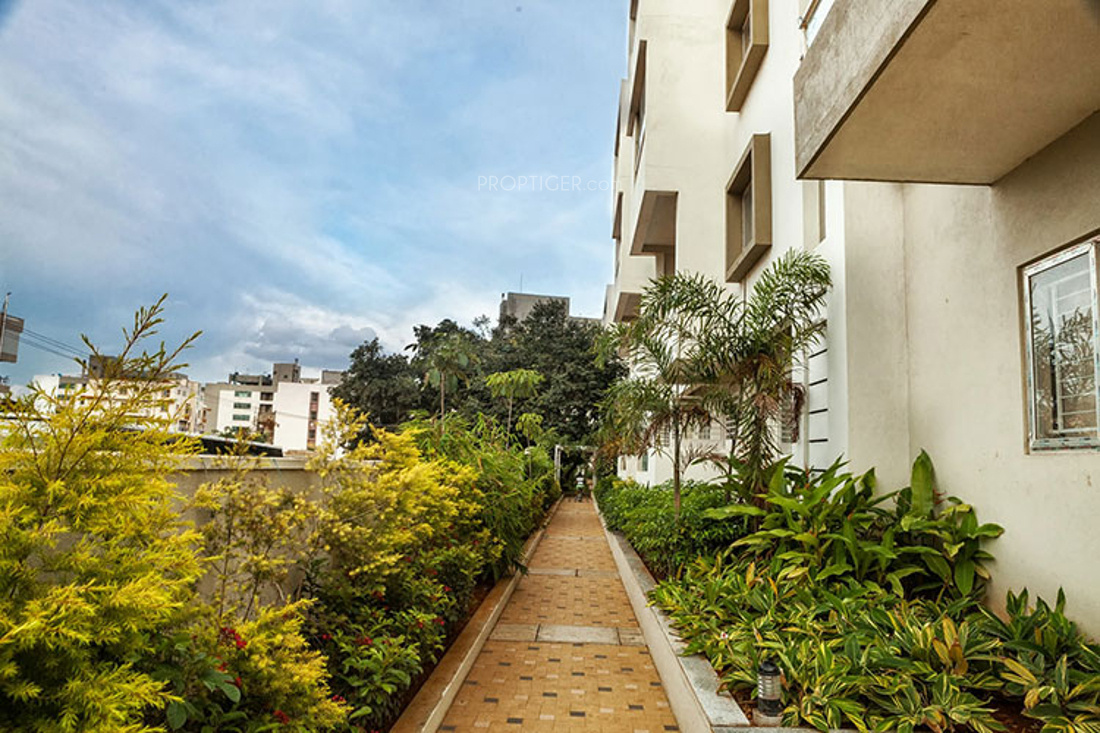 3 bhk 2t apartment for sale in essem 18 le terrace for Terrace jogging track