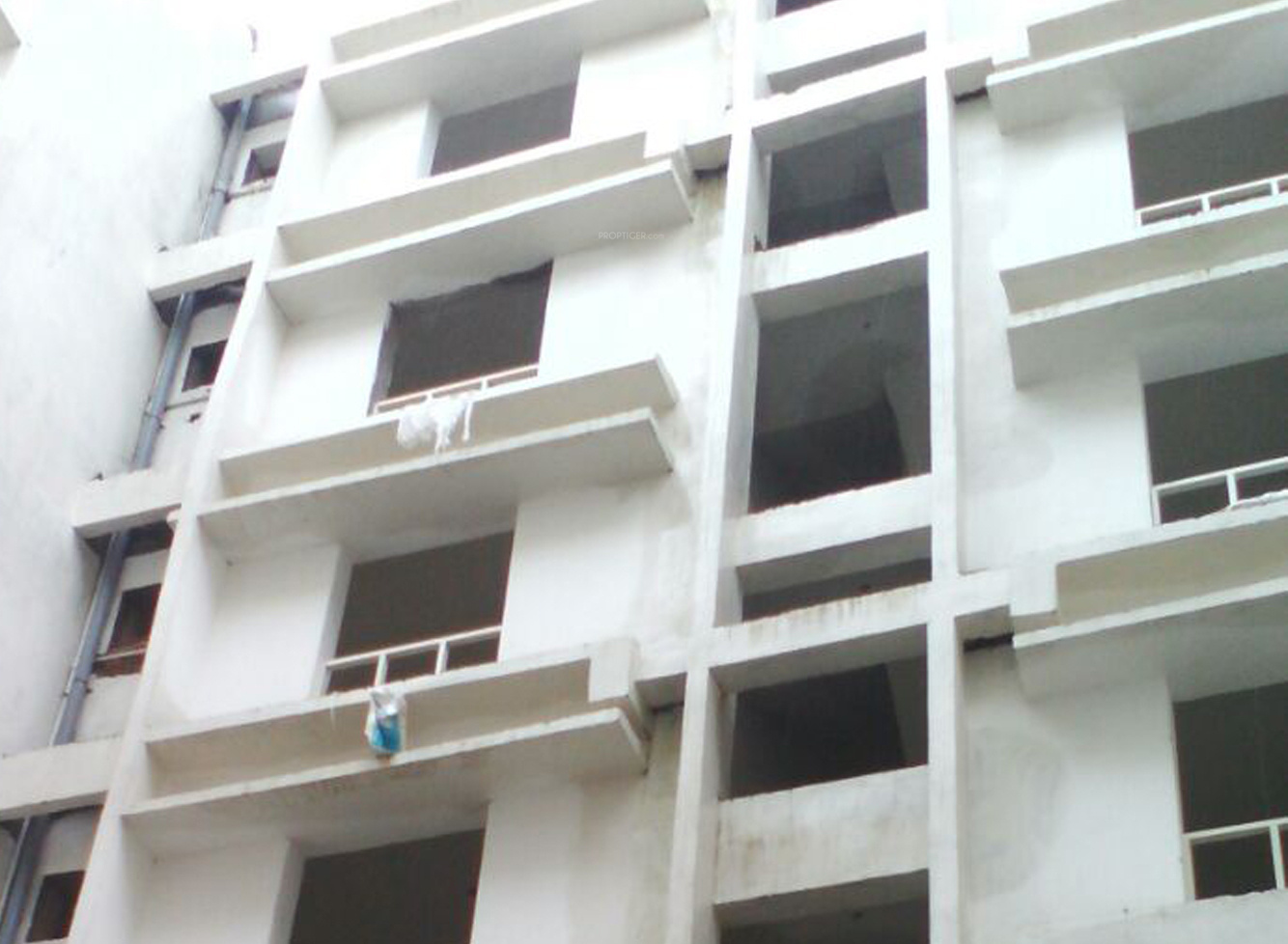 1530 Sq Ft 3 Bhk 2t Apartment For Sale In Rajwada Group