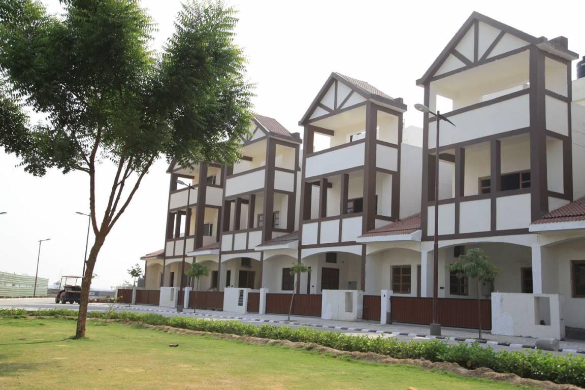 Land craft developers golflink villas in lal kuan for Landcraft homes floor plans