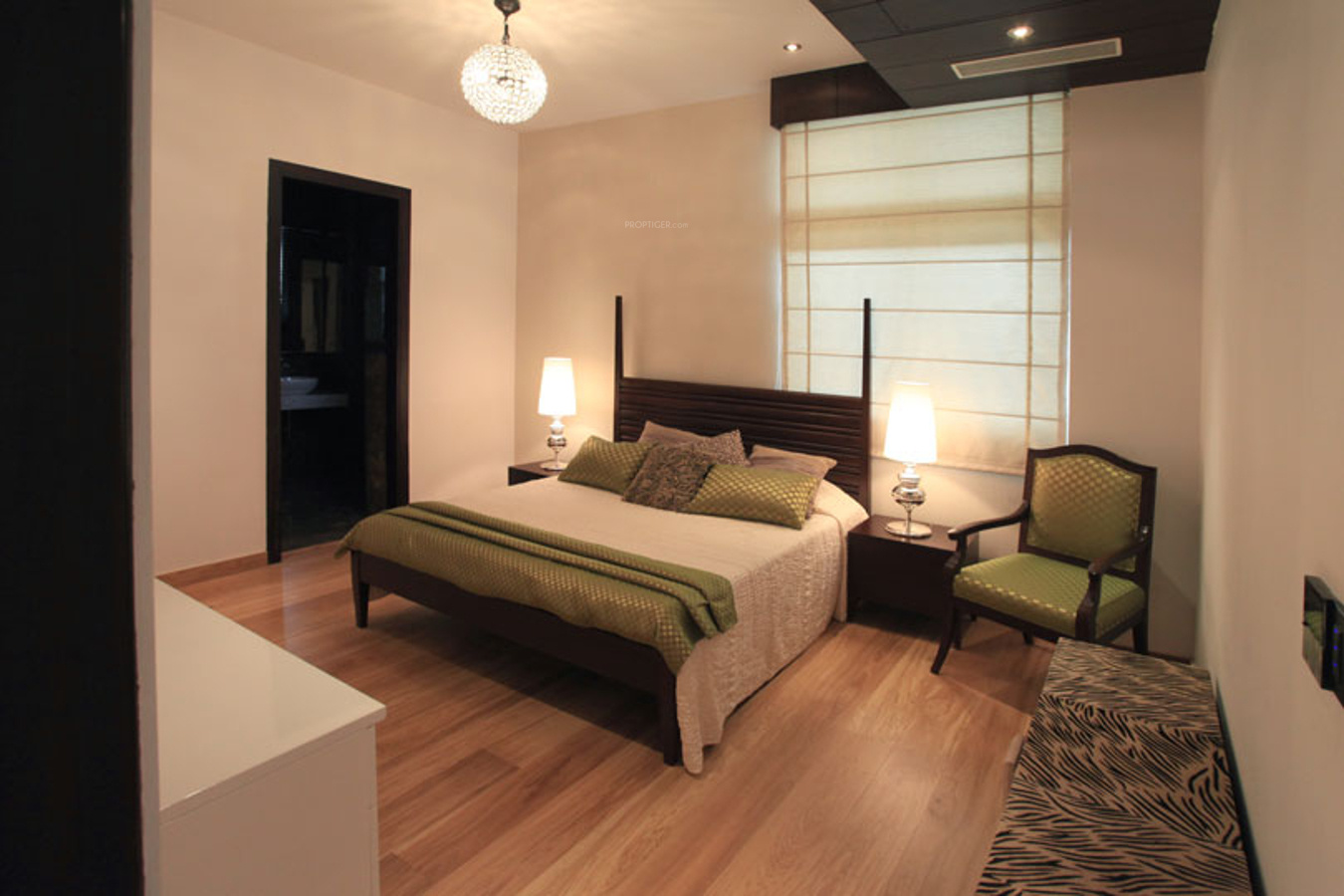 Supertech Ritz Chateaux In Sector 74 Noida Price