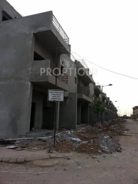 Images for Construction Status of Paramount Emotions