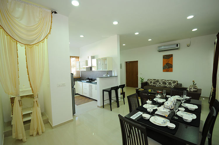 the-cosmopolis Dining Area