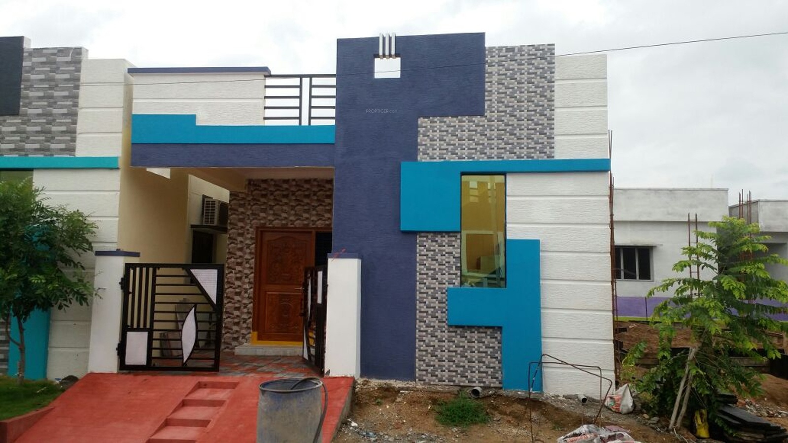 900 sq ft 2 bhk 2t villa for sale in vrr constructions for Independent house elevation photos