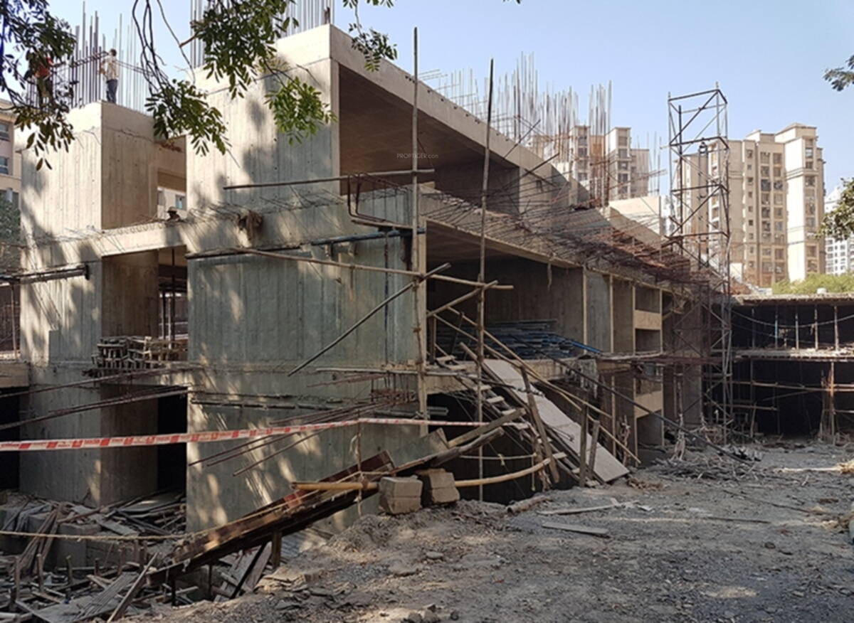 Classique associates maple a b and c wing in powai mumbai for Construction classique
