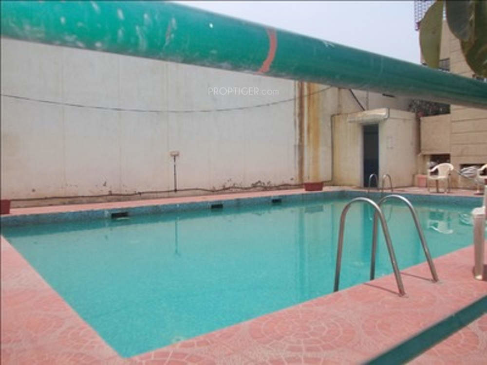 1530 sq ft 3 bhk 3t apartment for sale in express builders - Swimming pool builders in bangalore ...