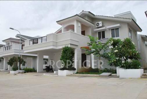 Chaitanya builders koi pond villas in muttukadu chennai for Koi pool villa