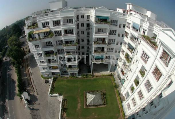 Rohtas Projects Golf Link Apartments
