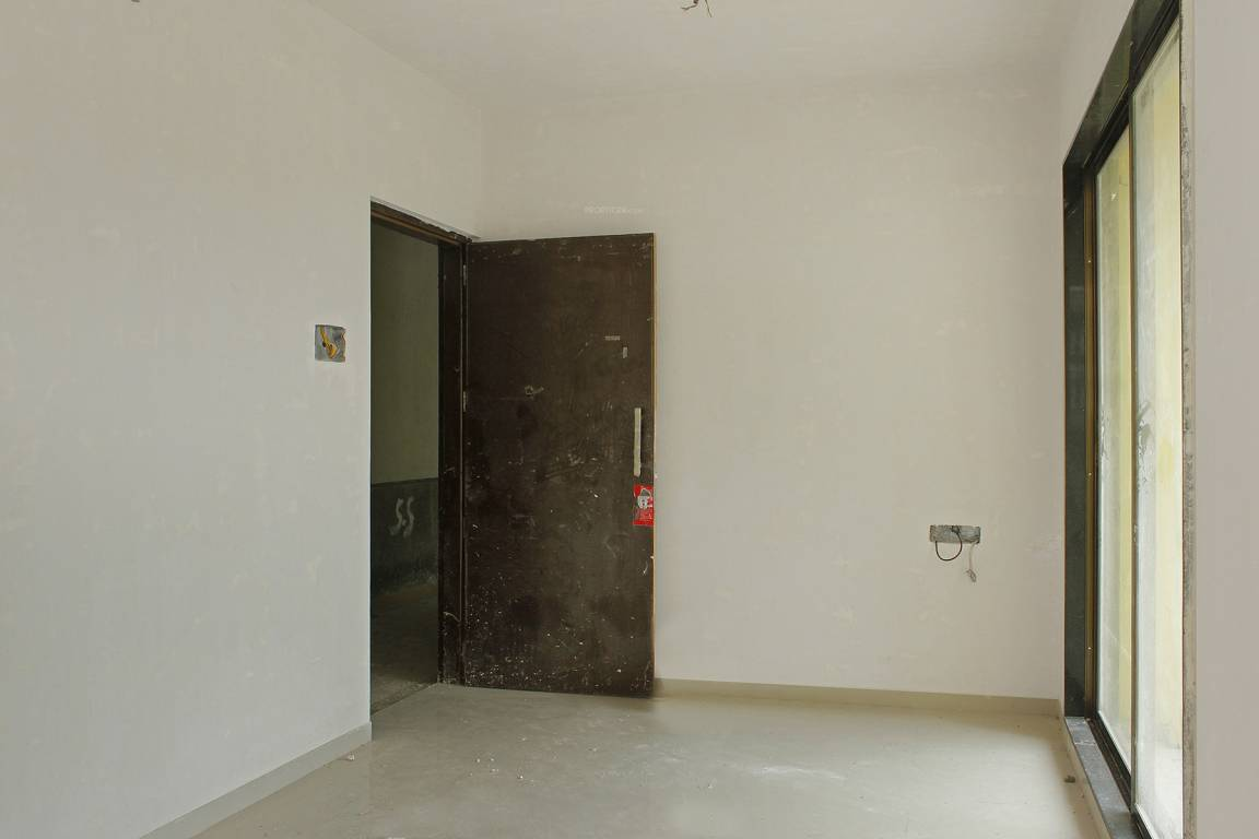 700 sq ft 1 bhk 1t east facing resale apartment on 6th